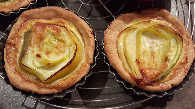Minis-quiches aux poireaux sur pâte brisée 1